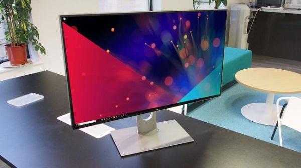 یک صفحه نمایش فوق گران قیمت و حرفه ای Dell UltraSharp UP3218K