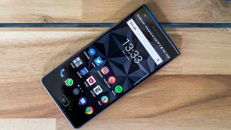 گوشی BlackBerry Motion