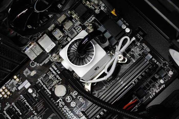 علائم، دلایل و راه حلهای از کار افتادن فن پردازنده (CPU)