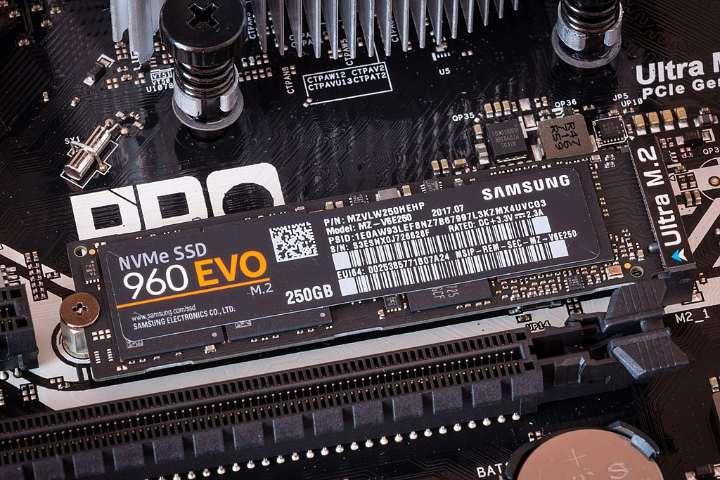 نحوه نصب هارد NVMe SSD