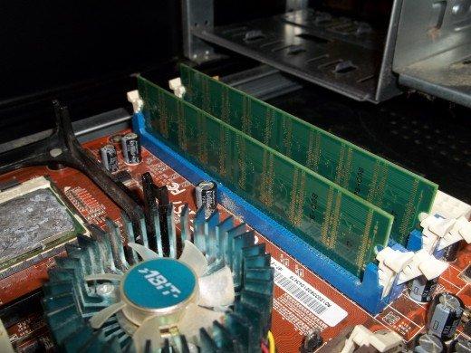 حافظه رم چیست؟ علائم خرابی حافظه رم (RAM) به همراه راه حلهای آن
