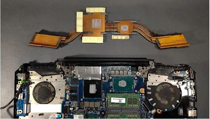 خود را برای تمیز کردن کامل لپ تاپ آماده کنید