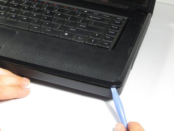 برداشتن پنل صفحه کلید لپ تاپ