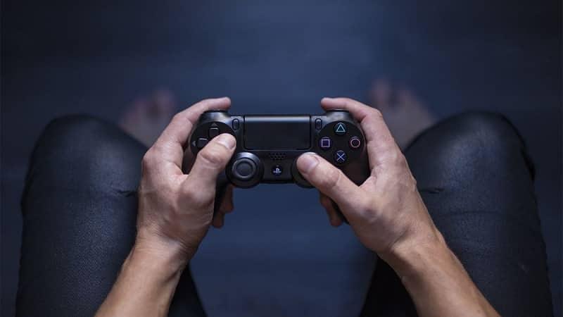 7 روش عالی برای حل مشکل شارژ نشدن دسته بازی پلی استیشن 4 (PS4)