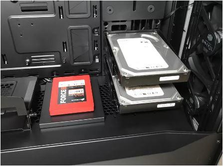 کیس کامپیوتر کولرمستر مدل C700M