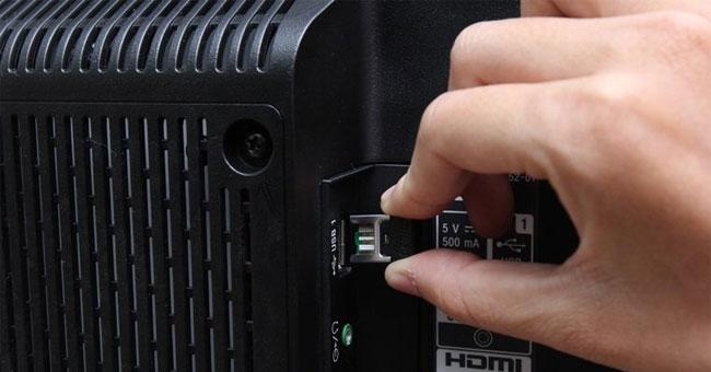 نحوه اتصال ماوس و صفحه کلید به تلویزیون هوشمند